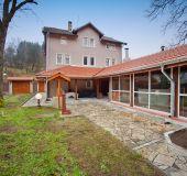 House Borushtica