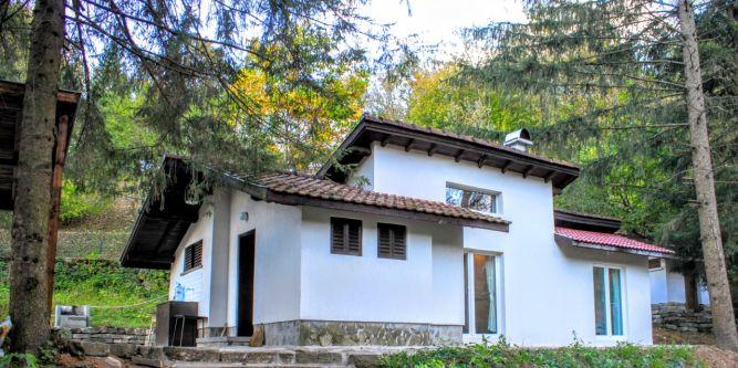 Къща Петрови Вили - Мами