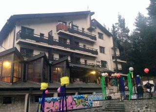 Хотел Сикрет Извора