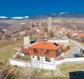 House Gikinska house