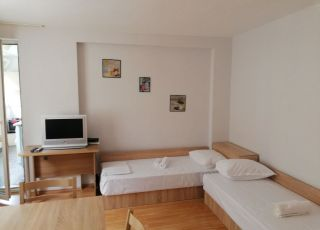 Апартамент Севастиян