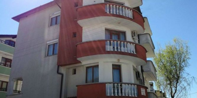 Семеен хотел Ламбрино
