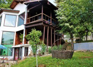 Арт къща за гости Василев