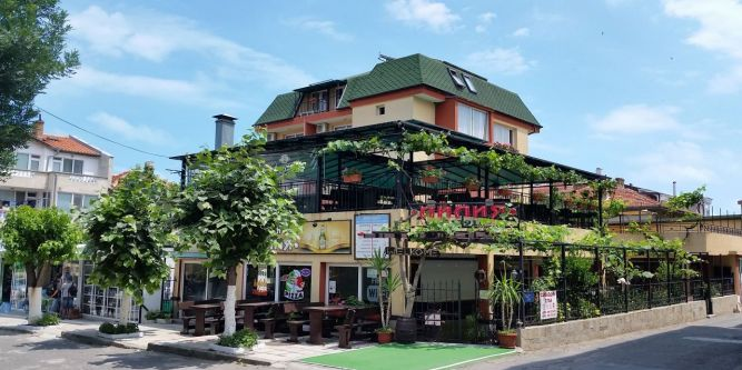 Семеен хотел Лилия 1