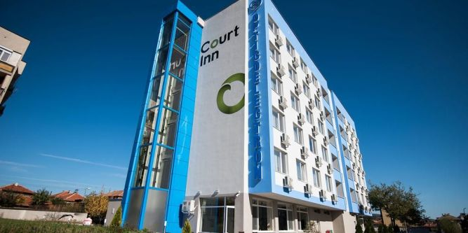 Хотел Корт Инн