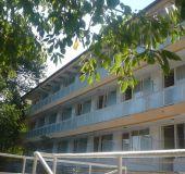 Hotel Holiday base Globusa