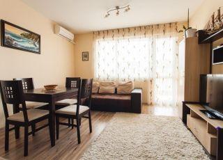 Апартамент Влайков