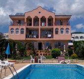 Family hotel Arkada