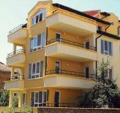 Family hotel Hrisi