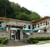House Bakhus