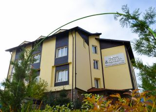 Хотел Божур