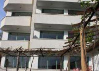 Семеен хотел Недеви