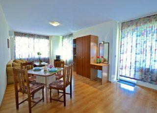 Апартамент Росица 1