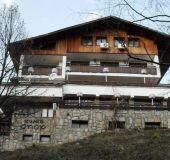 House Lodge Opor