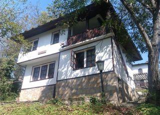 Къща за гости Петте ореха