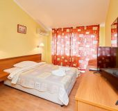 Separate room Guest House AquamarinA