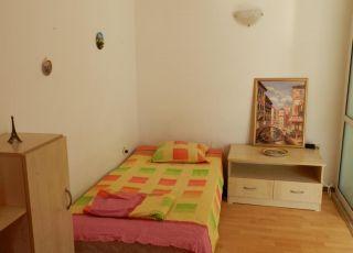 Апартамент на ул. Л. Каравелов