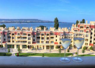 Апартаменти в Саут Бей Варна