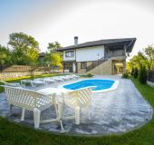 House Bulgarian paradise