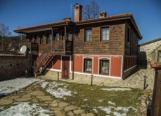 Къщи за гости Ред хаус