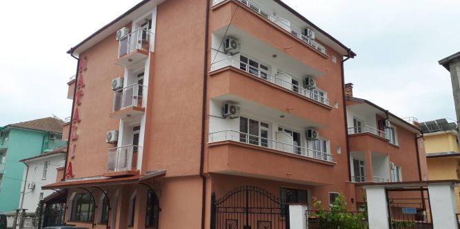 Къща за гости Наталия