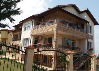 Къща за гости Амира