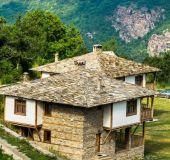 House Leshten Guest Homes