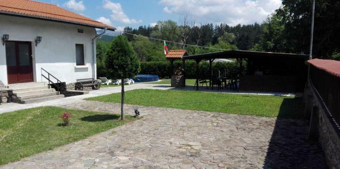 Къща Тушеви