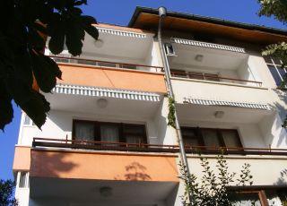 Къща за гости Алексиев