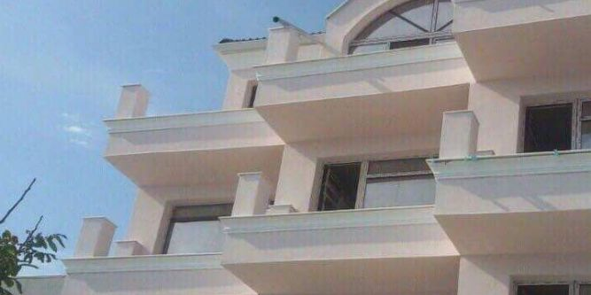 Хотел Ашрам