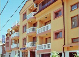 Семеен хотел Апарт