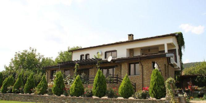 Къща за гости Моневски