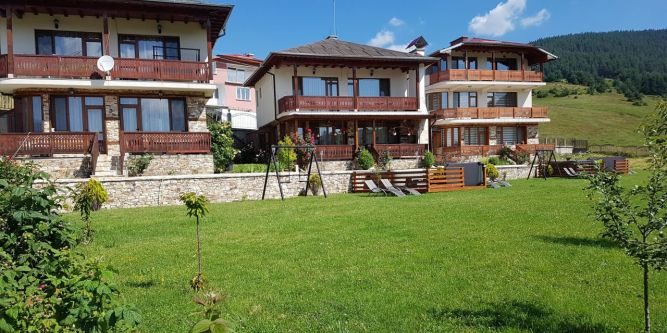 Къщи за гости Башеви