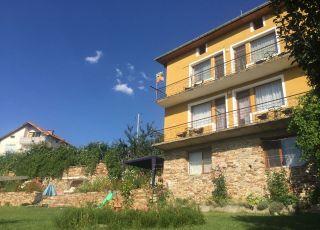 Къща за гости Агуш