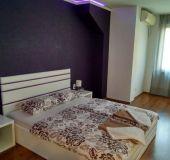 Apartment Velinoff Purple