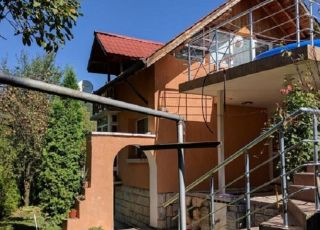Къща за гости Трите Веранди