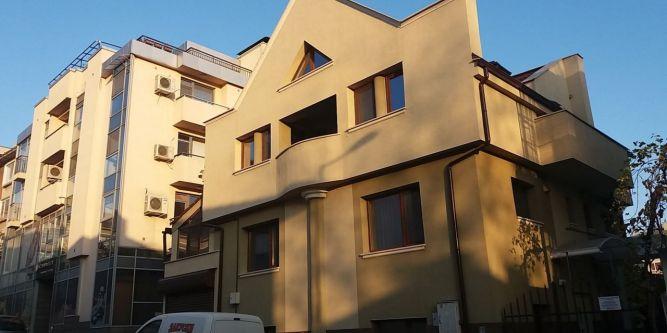 Квартира Нощувки Ботеви