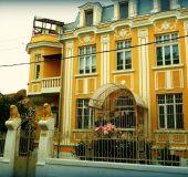 House Grandmother's house