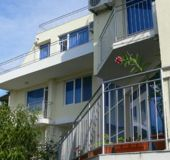 Family hotel Nelati