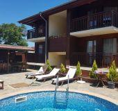 House Villa Raya