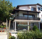 House Apartments Bachvarovi