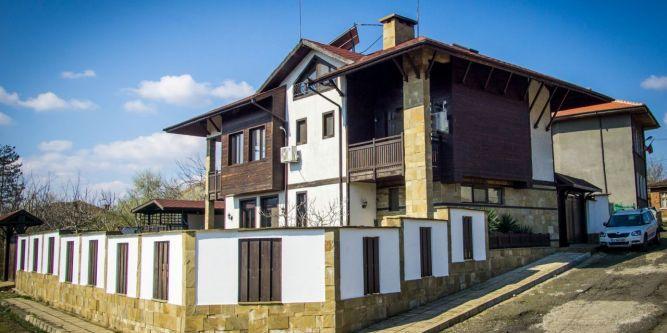 Къща за гости При Щъркела