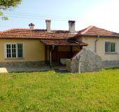 House Tutrakantsi