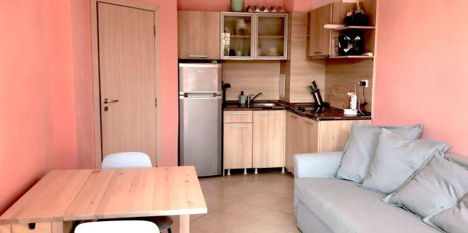 Апартамент в апартхотел Емберли