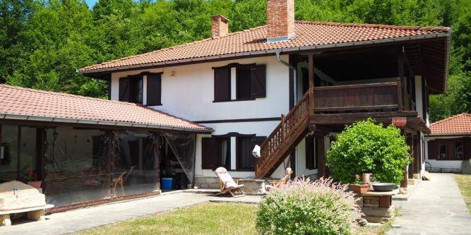 Къща Младата Баба
