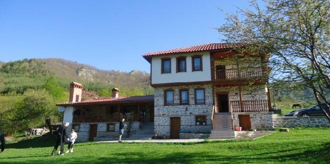 Къща Родопски хан