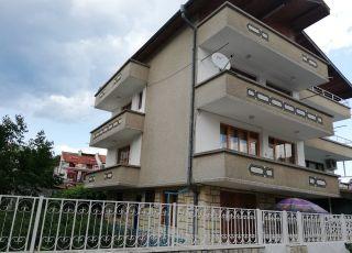 Къща Славов