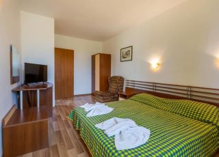 Апартамент с 2 спални в къща Дафинка ИК