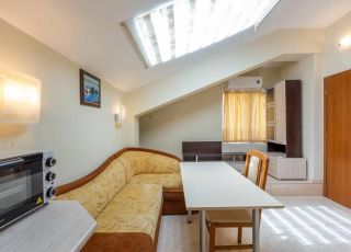Апартамент с 1 спалня и кухненски бокс КК