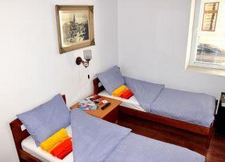 Апартамент АЙКИ с вътрешен двор
